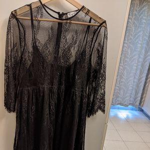 Thyme eyelash lace maternity dress